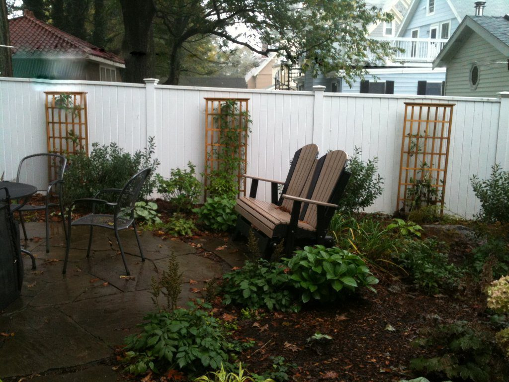 Trellis to Liven Up a Fence