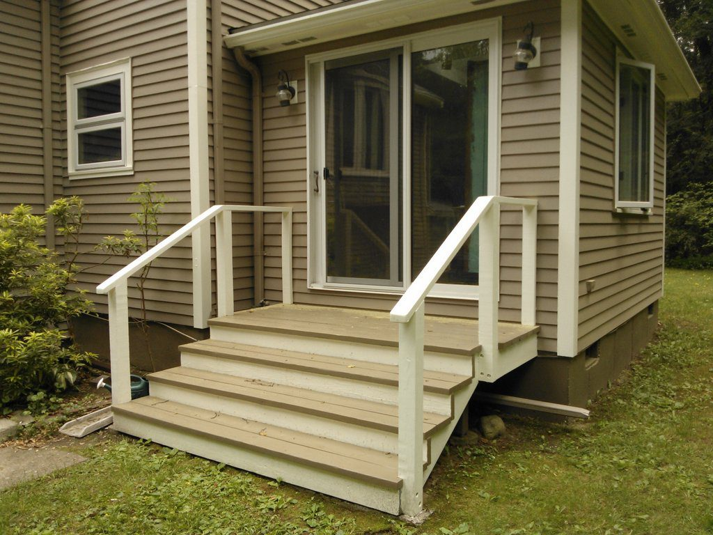 Low Maintenance Entry Deck with Annex (Before view)