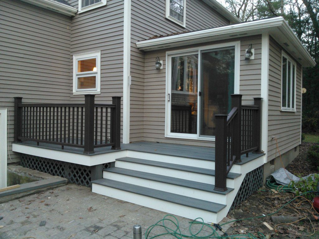 Low Maintenance Entry Deck with Annex (After view)